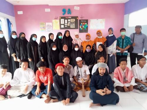 Siswa kelas IX dalam sosiodrama Keteladanan Umar bin Khattab